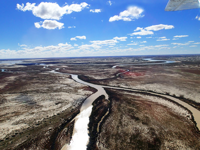 Rivers flowing into Lake Eyre